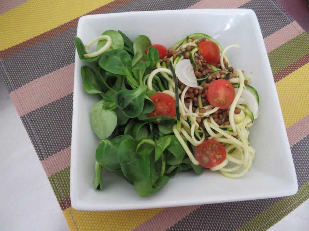 Salade Mâche, Tomates-Cerises, Lentilles & Courgettes