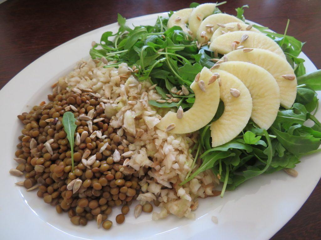 Salade de Fenouil, Lentilles, Pommes aux Jeunes Pousses