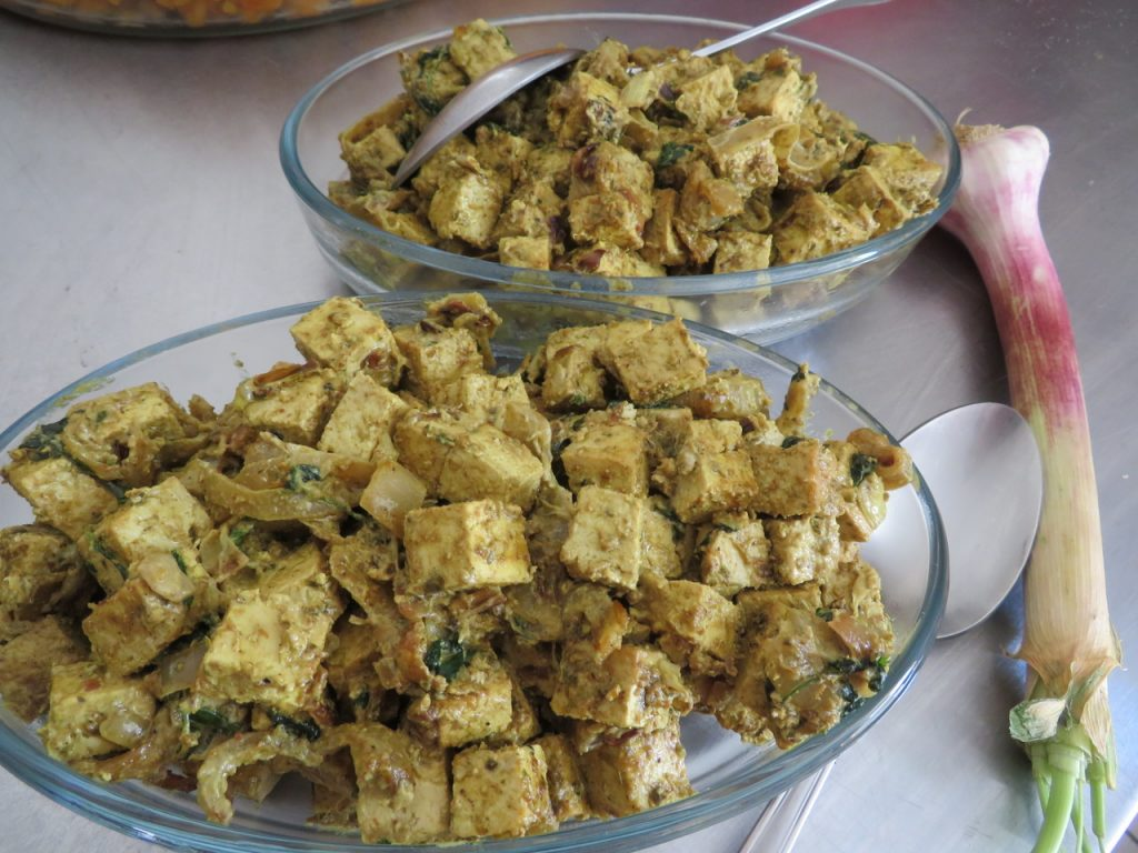 Curry de Pois-Chiche au Tofu