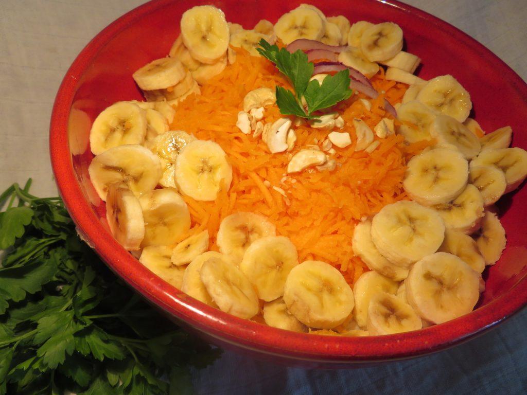 Salade Banane Carottes aux Noix de Cajou