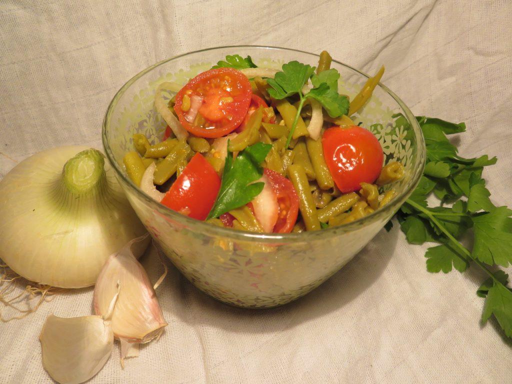 Salade de Haricots Verts, Tomates-Cerises et Oignons Nouveaux