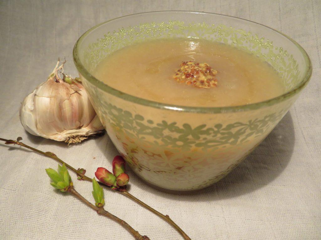 Soupe au Chou Blanc et Moutarde à l'Ancienne