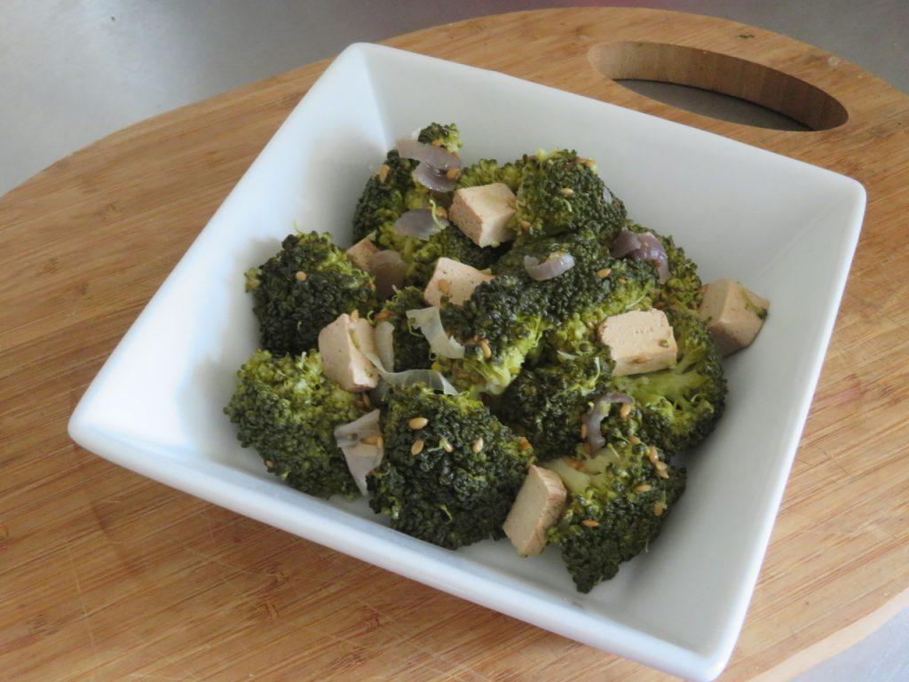 Poêlée de Brocoli au Tofu & Graines de Lin