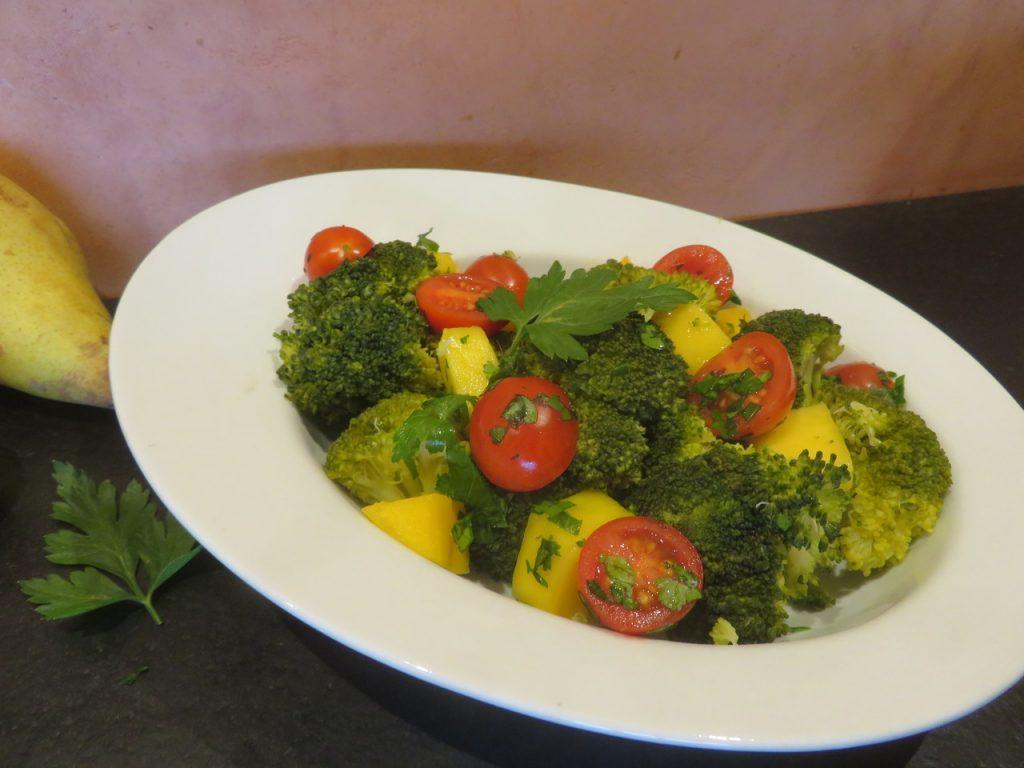 Salade de Mangue aux Brocolis
